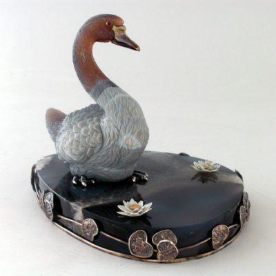 Лебедь из камня 119