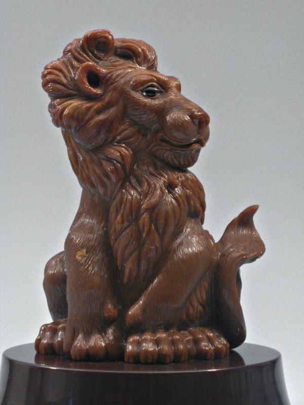 Лев из кремня