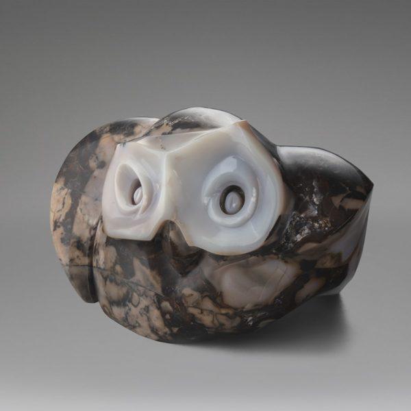 """""""Ночное видение"""" – скульптура, сочетающая древний символ ночи и мудрости"""