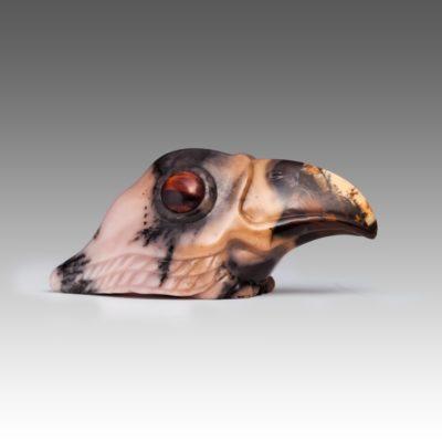 Ворона из мохового агата
