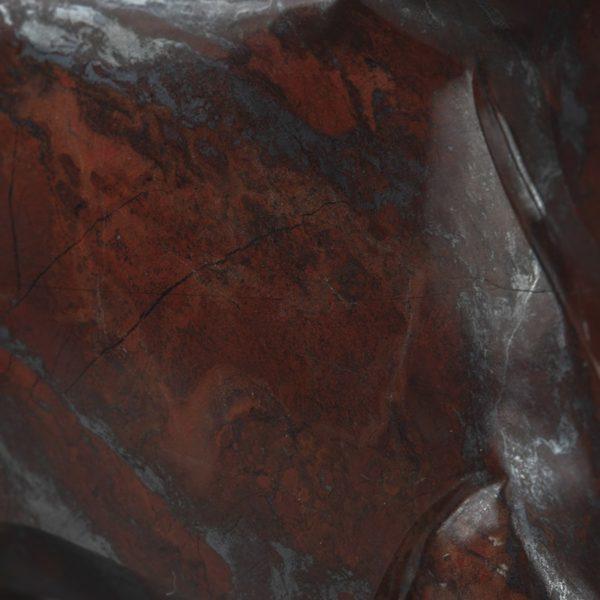 Железный бык, гематитовая яшма
