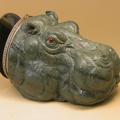 Бегемот-шкатулка из яшмы