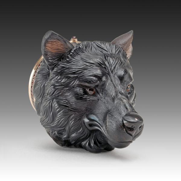 Шкатулка-волк из обсидиана