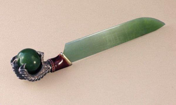 Нож для бумаги из нефрита