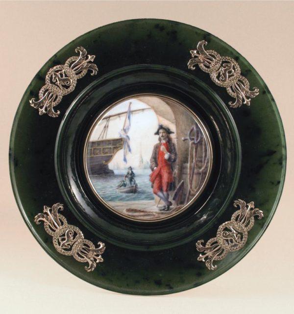 Тарелка с эмалью На причале