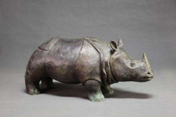 Носорог задумчивый