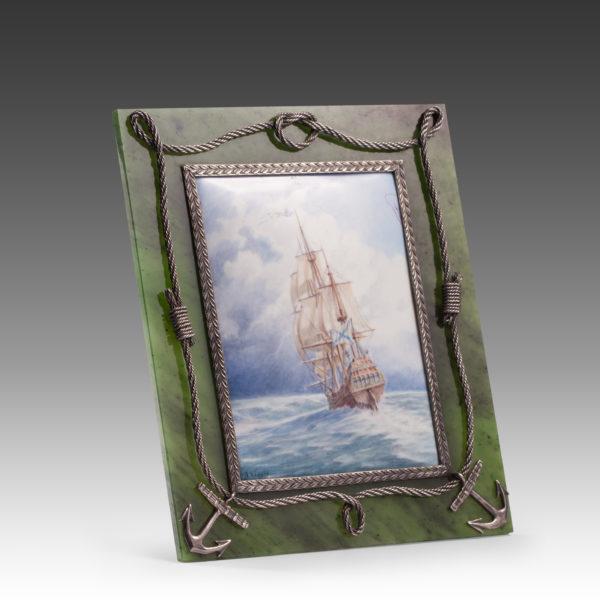 Рамка из нефрита Морская