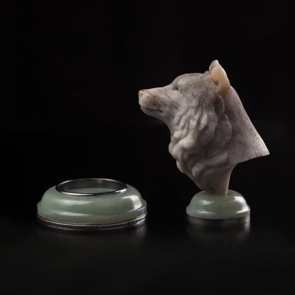 Волк-печать из нефрита