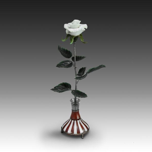 Роза белая из кахолонга