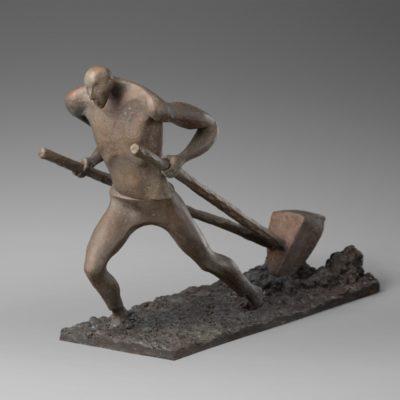 Пахарь юронзовая скульптура Сергей Фалькин